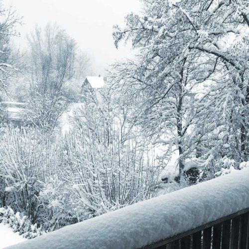 Schneebalkon Blick aus dem Büro